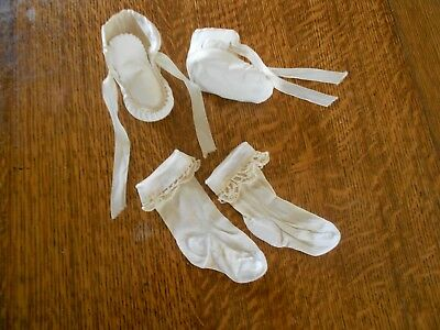 Vintage leather infant baby shoes moccasins not bronzed and socks 1949