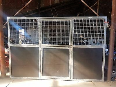 Stable Panel