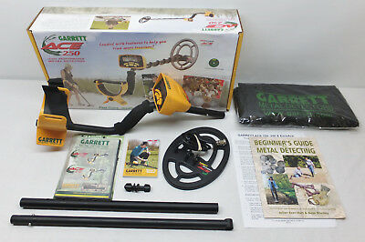 Garrett Ace 250 Metal Detector - Boxed With Instructions & All Purpose Backpack