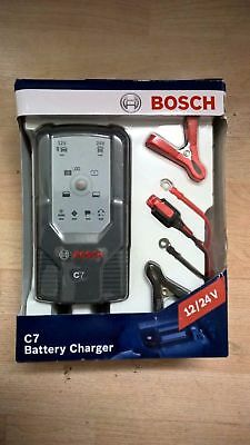 Bosch C7 Battery Charger   Free P+P