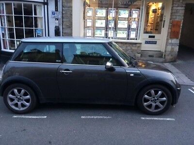 Mini Park Lane 2005, grey with silver roof