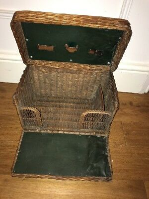 Vintage Wicker Basket Picnic Hamper Shop Display/Prop/Vintage Car/Glamping