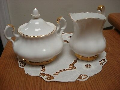 Royal Albert Val D'or LARGE Dinner CREAM & SUGAR with LID Made In England VD