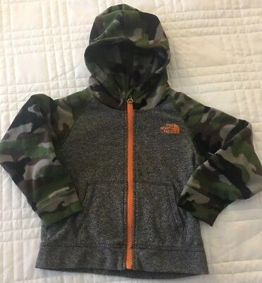 The North Face Camo sleeve fleece Jacket Toddler Boy, Size 3T Grey and camo