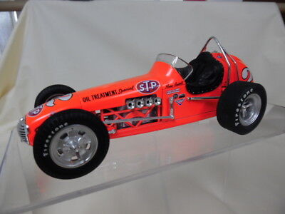 GMP 7624 1:18 STP Oil Treatment Offenhauser Dirt Champ MARIO ANDRETTI in OVP