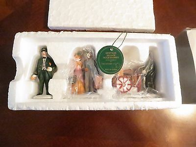 Department Dept 56 Holiday Travelers Set of 3 Characters  #5571-9 MIB b