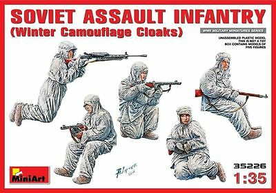 Soviet Assault Infantry (Winter Cloaks) MIN35226 - Miniart 1:35