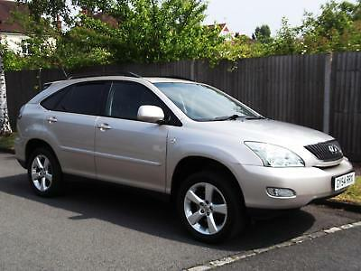Lexus Rx300 2004/54 Automatic,cornsilk Silver With Black Leather Upholstery.
