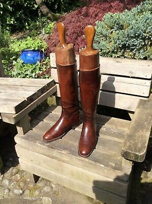 Vintage brown leather hunting boots with own wooden trees size 6
