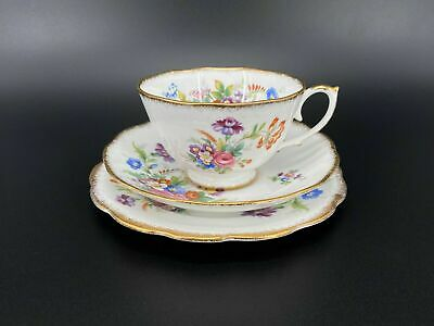 Roslyn Minuet There Pieces Tea Set For 2 Bone China England