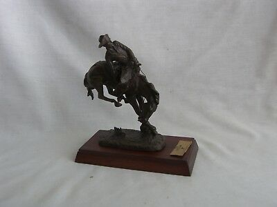 """Frederic Remington - """"The Outlaw"""" Bronze Statue-1988 - Franklin Mint"""