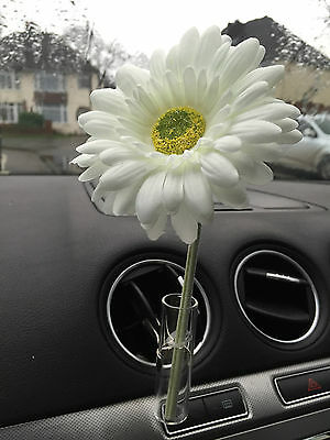 Fiat 500 Car Vent Vase, And 11Cm White Gerbera  Flower  Universal Any Car