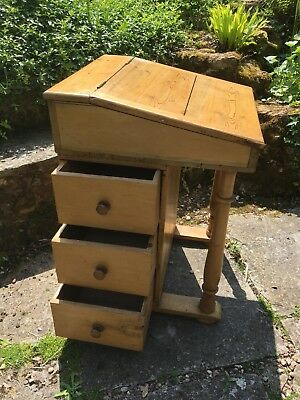 An Antique Pine Davenport Desk With 3 Drawers And Lid - Great Turned Legs -