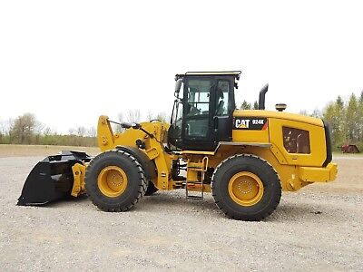 caterpillar 924K wheel loader 326 hrs original paint,cplr, case deere komatsu