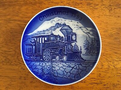 Bing & Grondahl 1993 Coming Home For Christmas Plate
