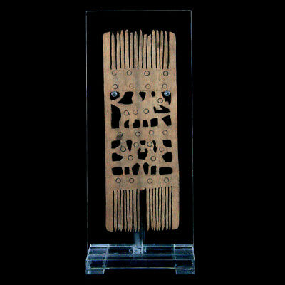 An Coptic wooden hair comb y3090