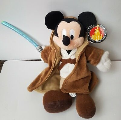 Disney Park Exclusive Mickey Mouse as a Jedi Star Wars  Plush Beanie New