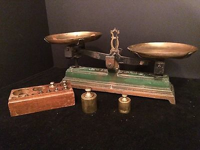 VINTAGE Mid 20th Century FORCE 5 KILO SCALE with WEIGHTS