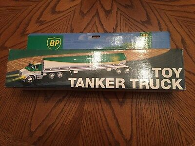 1991 BP Toy Tanker Truck - Dual Sound Switch - Mint In Box FREE SHIP