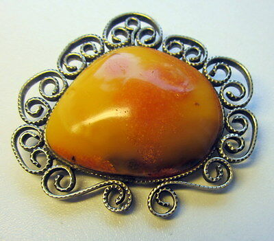 Beautiful Genuine Antique Butterscotch Egg Yolk Baltic Amber Brooch 20,3 gr.波羅的海