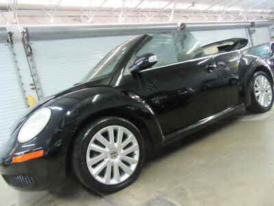 Volkswagen New Beetle Convertible 2dr Automatic SE $8800 includes SHIPPING ONLY 51K MILES Loaded NONSMOKER GARAGEKEPT FLORIDA CAR