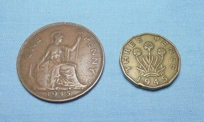 Great Britain 1945 Penny KM 845 and a 1945 3 Pence KM 849 - Two Coin Lot