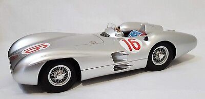 CMR066 - Mercedes Benz W196 Streamliner Body 1954, JM Fangio #16 Italian GP