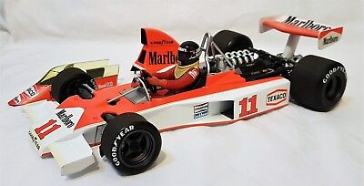 Minichamps 530761831 - McLaren Ford M23 James Hunt South African GP 1976
