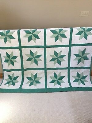 Vintage Green And White W/ 8 Points Star Hand Sewn Quilt In Excellent Condition