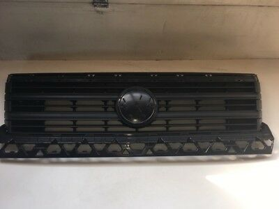 VW Crafter 7C Facelift Kühlergrill 7C0853653B