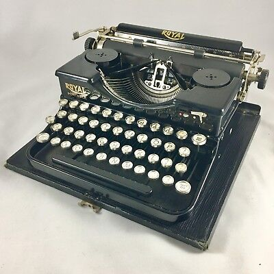 RESTORED ANTIQUE 1927 HEMINGWAY Royal Model P Portable Typewriter RARE MATH KEYS