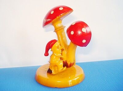 Art Deco Bakelite Figure Figurine Leprechaun & Toadstools Simichrome Tested