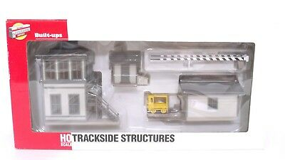 Walthers Cornerstone HO Tower Trackside Structures Set Building 933-2810 NEW
