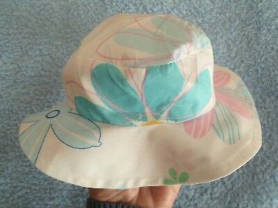 Baby clothes GIRL premature/tiny<7.5lbs/3.4kg white floral sun hat light cotton
