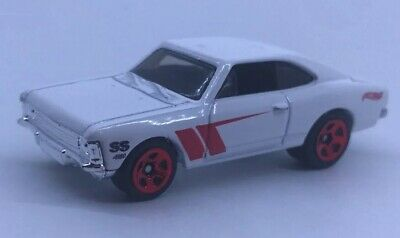 Lot 10x Hot Wheels CHEVROLET SS (Opala) White 2018 From The 10-pack Exclusive