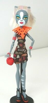 Monster High Doll Meowlody + Bag Ghouls Getaway No Tail