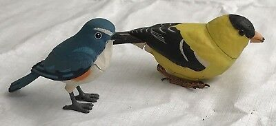 2 Takara Breezy Singers Goldfinch & Blue Bird Animated & Sound Finch 2004