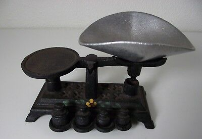Vintage Cast Iron Miniature Candy Scale Set w/ weights Grams General Store Atq