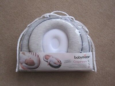 Babymoov Cosydream, grey and white, suitable for 0 - 3 months, good condition!