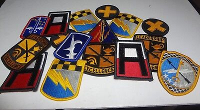 Lot Of 16 ASSTD.US ARMY  PATCHES NEW Condition 3187