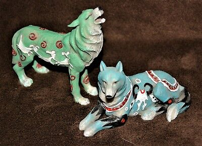 2 Resin Animal Collectibles WOLVES figures Southwest Design