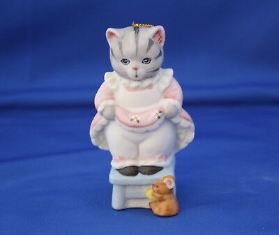 """Kitty Cucumber """"eek Eek"""" Kitty On Chair With Mouse Porcelain Ornament By Schmid"""