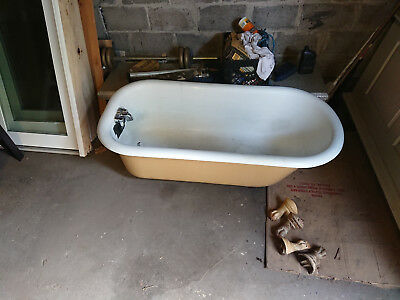 "Antique Cast Iron Porcelain Claw Foot Bath Tub 60"" x 30"""