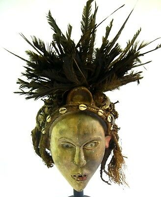 African Bakongo Nkisi Witchdoctor Mask Vulture Feathers Fearsome Looking