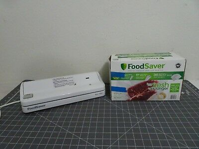 Food Saver Vac 550 Vacuum Sealer with Value Combo Pack