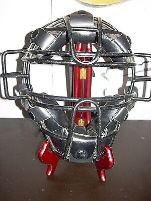 Wilson  Umpire Catcher's  Mask Steel Cage A3055