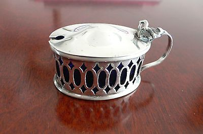 Vtg Silver Plated Oval Salter By E.p.n.s.england.n.r.