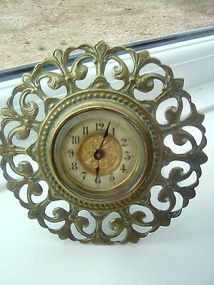 antique mantle clock.