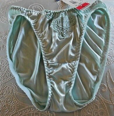 0e34aba3514 vintage Maidenform chantilly lace shinyliquid satin second skin bikini panty  5 S