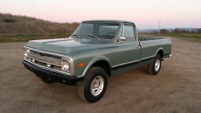1969 Chevrolet C/K Pickup 2500 CST 1969 Chevy CST Pickup truck 4x4 new paint, upholstery, runs and drives great